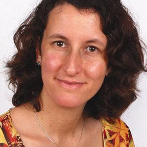 Dr Angela Jennings